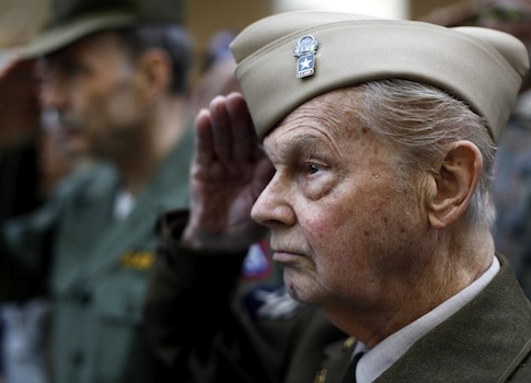 Military retirees face loses in budget deal