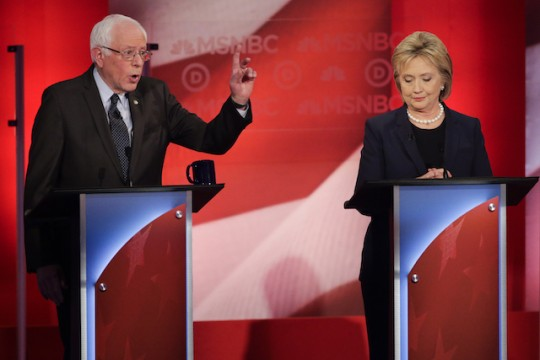 Sanders, Clinton (AP)
