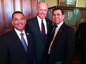 Joe Biden with Jaime Solis and Anthony Chapa / National Latino Peace Officers Association