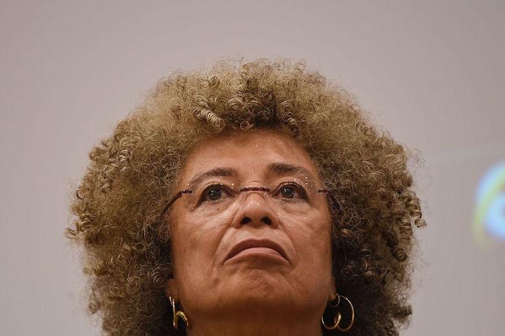 Washington Free Beacon - Marxist Angela Davis Calls on Students at Pricey California School to 'Dismantle Capitalism'